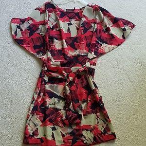 Dress with tie waist